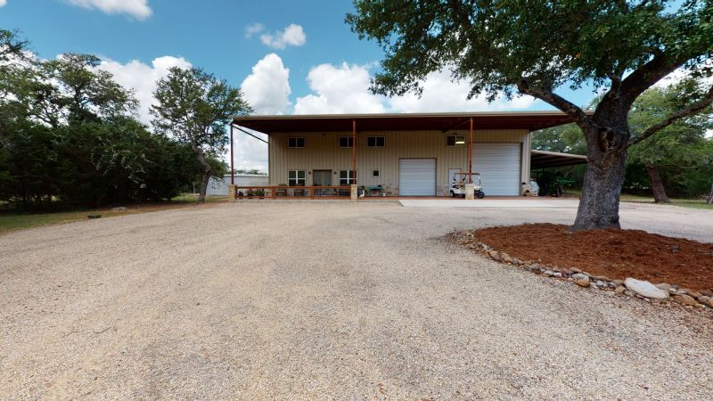 55-web-or-mls-44Sattler-Rd-Barn-Apt-06102020_121443